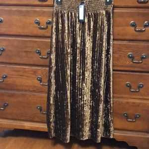 NWT VERY J SKIRT SIZE SMALL